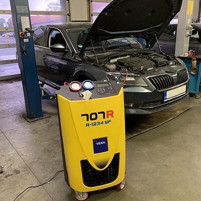 Reference plnění klimatizace automobilu Škoda Superb