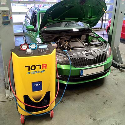 Reference plnění klimatizace auta Škoda Fabia